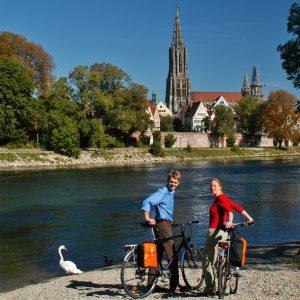 Ulm Münster - fietsen langs de Duitse Donau vanaf de bron