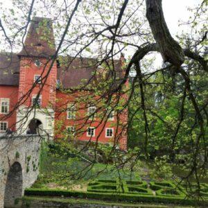 Cervena Lhota - fietsen Praag - Wenen Greenways