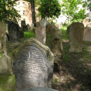 Joods kerkhof Josefov - fietstocht Praag
