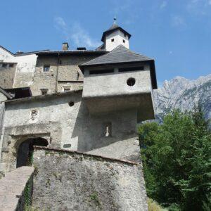 Burg Hohenwerfen - fietsen van Salzburg naar Lake Bled