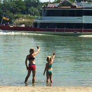 Zwemmen Donaustrand - fietsen met kinderen langs de Donau
