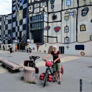 Hundertwasserhaus Wenen - Fietsen Wenen - Boedapest
