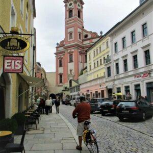 St. Paul kerk Passau - fietsen Krimml - Passau