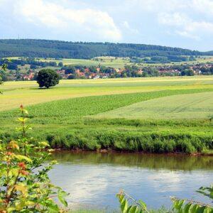 Landschap Weser - fietsen langs de Weser