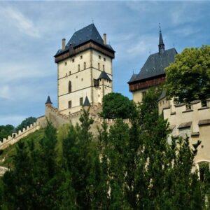 Fietsen van Praag naar Regensburg - kasteel Karlstejn
