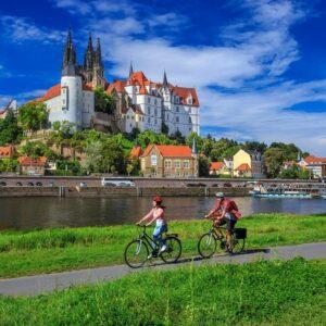 Meissen fietsen langs de Elberadweg Elbe