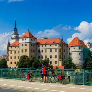 Schloss hartenfels Torgau Fietsen langs de Elberadweg
